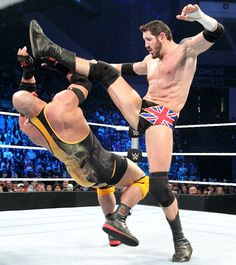 SmackDown 11/5/15: Ryback vs King Barrett