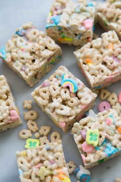 Lucky Charms Marshmallow Treats- The Little Epicurean These Lucky Charms marshmallow treats are a fun and colorful variation on the original Rice Krispies Treats. They're great for all sorts of celebrations. These no-bake desserts are Lucky Charms Treats, Rice Crispy Treats, Krispie Treats, Rice Krispies, No Bake Desserts, Dessert Recipes, Fudge Recipes, Lucky Charms Marshmallows, Rice Recipes For Dinner