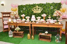 http://www.elo7.com.br/decoracao-princesa-real/dp/47B0E0