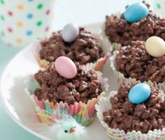 Chocolate Crackle Nests: A modern take on a family favourite - made with NESTLÉ Melts this Easter treat is sure to please!. http://www.bakers-corner.com.au/recipes/desserts/chocolate/chocolate-crackle-nests/