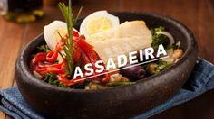 Bacalhau ao forno com batatas ao murro e arroz de brócolis - Paladar - Estadão