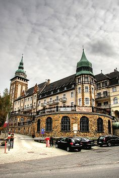 The famous Palotaszálló hotel in Lillafüred, Miskolc_ Hungary - in the heart of the Bükk mountains. Places To Travel, Places To Visit, Backpacking Asia, Heart Of Europe, Palace Hotel, Central Europe, Historical Architecture, Budapest Hungary, Eastern Europe