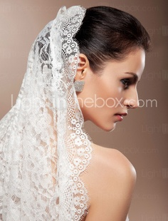 Applique Bridal Veil