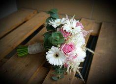 #weddingflowers #kwiatyslubne  #vintagewedding #dekoracjeslubne #tabledecoration #weselnie #loveflowers #aranzacjekwiatowe @KWITNĄCE&PACHNĄCE #recznierobione