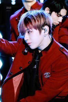 181104 - Jeju K-pop Festival Daniel K, Fans Cafe, Kpop, Jinyoung, South Korean Boy Band, Boy Bands, Boy Groups, Rapper, Handsome