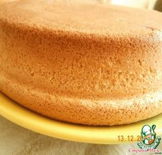 . Пышный бисквит - без преувеличения, «тает» во рту Angel Cake, Angel Food Cake, Ukrainian Recipes, Russian Recipes, No Bake Desserts, Dessert Recipes, One Layer Cakes, Cake Receipe, Baking Soda On Carpet