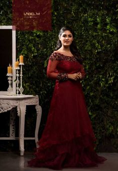 Read, Listen & watch News to build confidence & challenge experts Gown Party Wear, Party Wear Indian Dresses, Bridal Party Dresses, Indian Gowns Dresses, Bridal Outfits, Bridal Gowns, Engagement Dress For Bride, Engagement Gowns, Simple Gowns