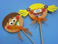 obsequia dulces de manera original22 Diy And Crafts, Arts And Crafts, Ideas Para Fiestas, Child Day, Candyland, Diy Flowers, Flower Diy, Montessori, Dragon Ball Z