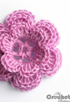 Crochet small pink rose patternSimple handmade crochet small pink rose pattern is a great gift to a kid. Crochet Small Flower, Crochet Simple, Crochet Flower Tutorial, Knitted Flowers, Crochet Flower Patterns, Crochet Motif, Knitting Patterns, Crochet Roses, Free Crochet Rose Pattern