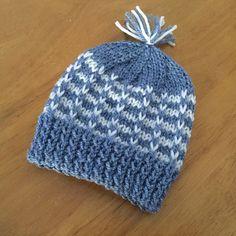 Ravelry: Duet Baby Hat pattern by marianna mel Baby Hats Knitting, Knit Hats, Free Knitting, Baby Hat Patterns, Baby Knitting Patterns, Preemie Babies, Lchf, Ravelry, Free Pattern