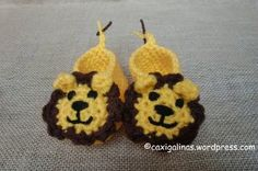 Adorable Lion Baby Booties | AllFreeCrochet.com