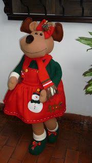 EL TALLER DE ROSA Christmas Storage, Christmas Sewing, Christmas Deer, Christmas Fabric, Outdoor Christmas, Christmas Tree Ornaments, Christmas Time, Christmas Stockings, Christmas Crafts