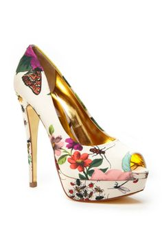 Like Lady Delicious ted baker Estilo Floral, Shoe Boots, Shoes Heels, Ted Baker Womens, Platform High Heels, Beautiful Shoes, Me Too Shoes, Fashion Shoes, Christian Louboutin