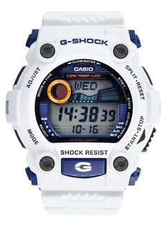 Shock resistant, Silver digital dial, Scratch-resistant mineral crystal, Water resistant up to 200m. http://zocko.it/LD4MC