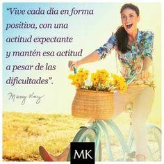Sé positiva! Mary Kay Ash, Mary Kay Quotes, Bakery, Facebook, Disney, Words, Amor, Motivational Words, Inspiring Words