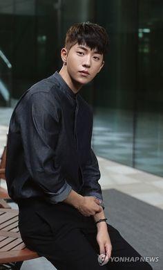 26 Ideas hair men short style undercut for 2019 Korean Haircut Men, Korean Men Hairstyle, Asian Haircut, Style Hairstyle, Undercut Men, Undercut Hairstyles, Boy Hairstyles, Trendy Hairstyles, Short Hair Man