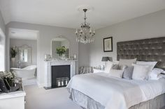 7 Inexpensive Ways to Rejuvenate Your Master Bedroom : The master suite comprises of bedroom, bathroom and dressing room. Spacious and luxurious Master Bedroom Extension Luxury Bedroom Design, Luxury Interior, Interior Design, Modern Interior, Home Decor Bedroom, Modern Bedroom, Bedroom Ideas, Master Suite Bedroom, Bedroom Furniture