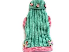 GUINEA pig,  puppy or kitten clothes,  Hand knitted inmint  green and pink trimmings with pink rosebuds   length 7 inches  18 cm by CUTIEDOG on Etsy