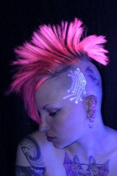 Black Light Tattoo - Tattoos - Zimbio600 x 90069.5KBwww.zimbio.com
