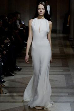 21 dresses from fashion week we propose you'll want to say 'yes' in : Carolina Herrera