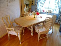 Stunning Table & 6 Miss-Matching Chairs Stripped Table Top & Vintage Fabric Covering the Chairs, perfect Shabby Chic