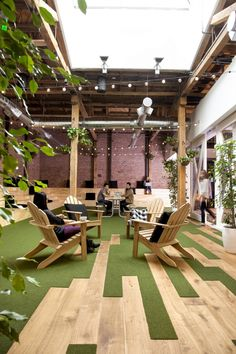 GitHub - San Francisco Headquarters / Floor Pattern / Mixed Media / Natural Light / Indoor Plants / Lounge Seating / Exposed Ductwork / Raw Wood / Bringing In The Outdoors Into The Interior