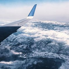 ☆ Sanne's daily ☆ 𝓅𝒾𝓃𝓉𝑒𝓇𝑒𝓈𝓉: 𝓈𝒶𝓃𝓃𝑒𝓈𝒹𝒶𝒾𝓁𝓎 Oh The Places You'll Go, Places To Travel, Travel Destinations, Chile, Airplane View, Airplane Window, Adventure Is Out There, Wanderlust Travel, Adventure Travel