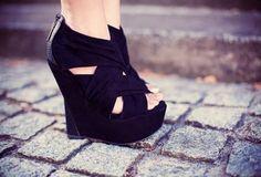 strappy peep toe wedges/ <3