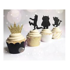✨Where The Wild Things Are ✨ - Q U A N T I T Y - This listing is for your choice of 8, 16 or 24 Glitter Toppers made out of cardstock. - C O L O R - Black Glitter and Gold Glitter. - M O R E O P T I O N S - Click here for more Stylish Wild Things Decor -