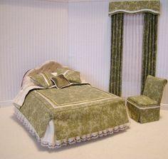 Green bedroom set. $79.00, via Etsy.