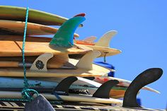 #ridecolorfully #surfboards #fins