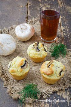 Briose aperitiv cu ciuperci, smantana si marar Fresh Dill, Muffin Recipes, Sour Cream, Camembert Cheese, Vegetarian Recipes, Muffins, Picnic, Cheesecake, Brunch