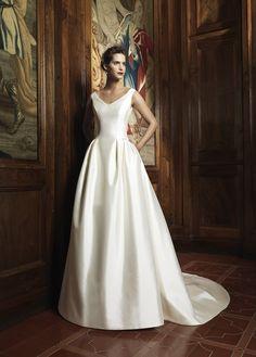 Raimon Bundo Bridal Collection for Spring Summer 2014
