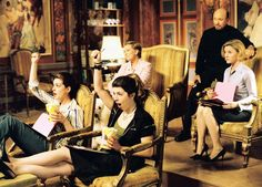 Still of Julie Andrews, Heather Matarazzo, Hector Elizondo and Anne Hathaway in The Princess Diaries 2: Royal Engagement
