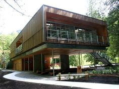 The Environmental Learning Centre creates an experiential environment blending natural, human and building ecologies. Sea Container Homes, Shipping Container Homes, Shipping Containers, Types Of Architecture, Outdoor School, Interior Garden, Learning Centers, Home And Living, North Vancouver
