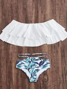 To find out about the Flounce Layered Neckline Jungle Print Bikini Set at SHEIN, part of our latest Bikini Sets ready to shop online today! Bathing Suits For Teens, Summer Bathing Suits, Cute Bathing Suits, Teen Fashion Outfits, Trendy Outfits, Summer Outfits, Cute Outfits, Women's Fashion, Bikini Sets