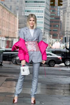 New York Fashion Week Street Style Fall 2018 Day 4. The best Women's Street Style looks from the New York Women's FW18 shows and fashion week. See the latest Women's Street Style from the womenswear fashion shows at TheImpression.com