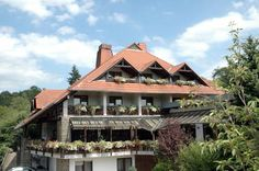 Hotel - Reweschnier (***)  LUSY OLATUNDE has just reviewed the hotel Hotel - Reweschnier in Kusel - Germany #Hotel #Kusel Germany, United States, The Unit, Cabin, House Styles, Places, Home Decor, Homemade Home Decor, Lugares