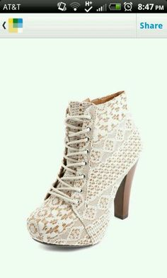 Charlotte Rousse booties!!