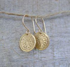 SALE Gold Disc Earrings Gold Earrings Gold by ravitschwartz