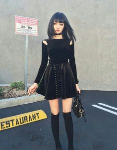 black, girl, and goth Bild