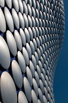Give it texture - Selfridges Building in Birmingham via David Fergus Photography Gothic Architecture, Beautiful Architecture, Architecture Details, Future Systems, Abstract Photography, Architectural Elements, Retail Design, Textures Patterns, Interior And Exterior