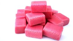 HOW TO MAKE BUBBLE GUM! I seriously want to try this!