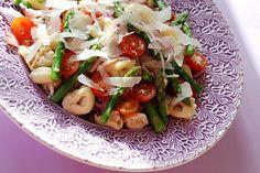 Anne's Food: Tortellini Salad