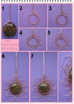 Looks like crochet but isn't? Handmade Wire Jewelry, Wire Jewelry Designs, Wire Jewelry Making, Jewellery Making, Handmade Copper, Copper Jewelry, Bijoux Wire Wrap, Bijoux Diy, Wire Wrapped Pendant