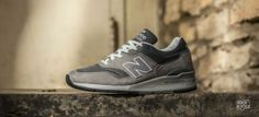 Take a detailed look at the New Balance 997 -> http://nicek.is/1eEcntk