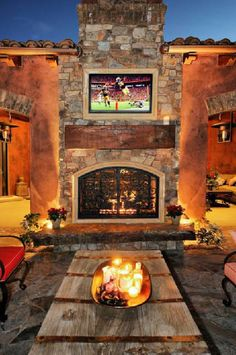R's 2012 Home Of The Year — love this outdoor space! Drooling!