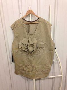 f3a90c331c7f5 Hunting Vest Size Mens XL w/ Magazine & Ammo Pouches Pullover Tan