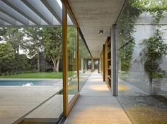 House L by Mathias Klotz, Edgardo Minond