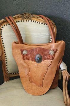 New Mexico Artist, ifania Bolo Trading Handbags